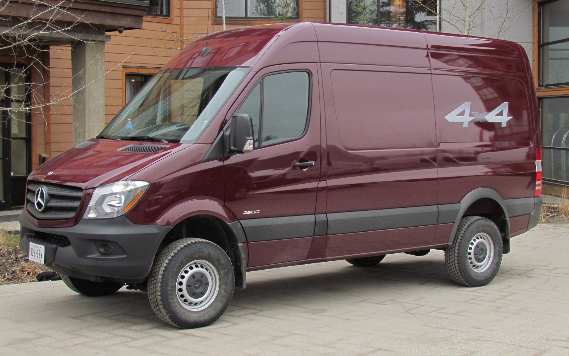 mercedes benz sprinter 4x4 2015 pr t pour le sale boulot 7 26. Black Bedroom Furniture Sets. Home Design Ideas