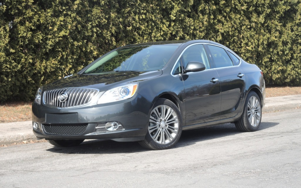 2015 buick verano turbo quietly impressive the car guide. Black Bedroom Furniture Sets. Home Design Ideas