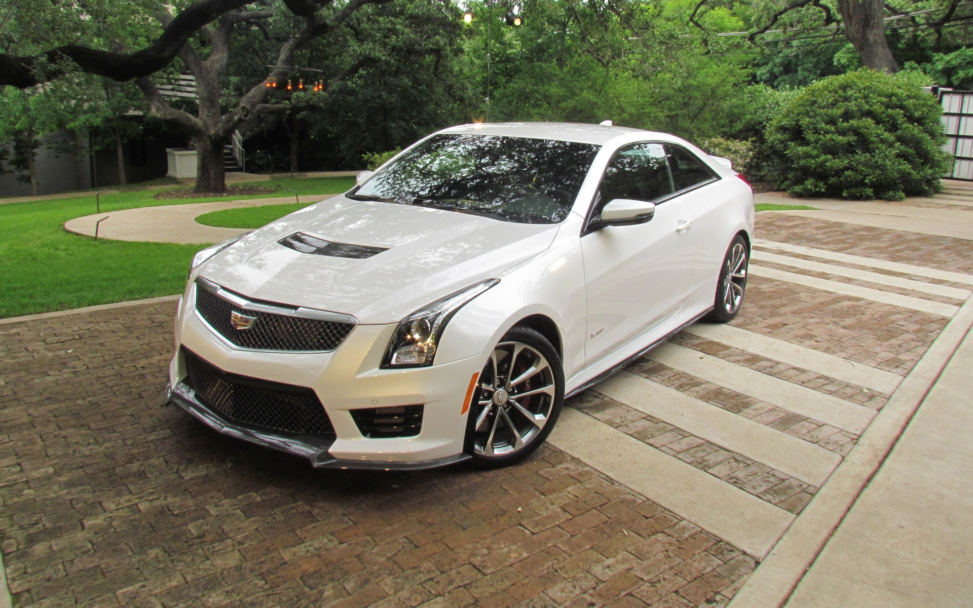 Cadillac Ats V Coupe >> 2016 Cadillac Ats V A Track Ready Cadillac You Bet The