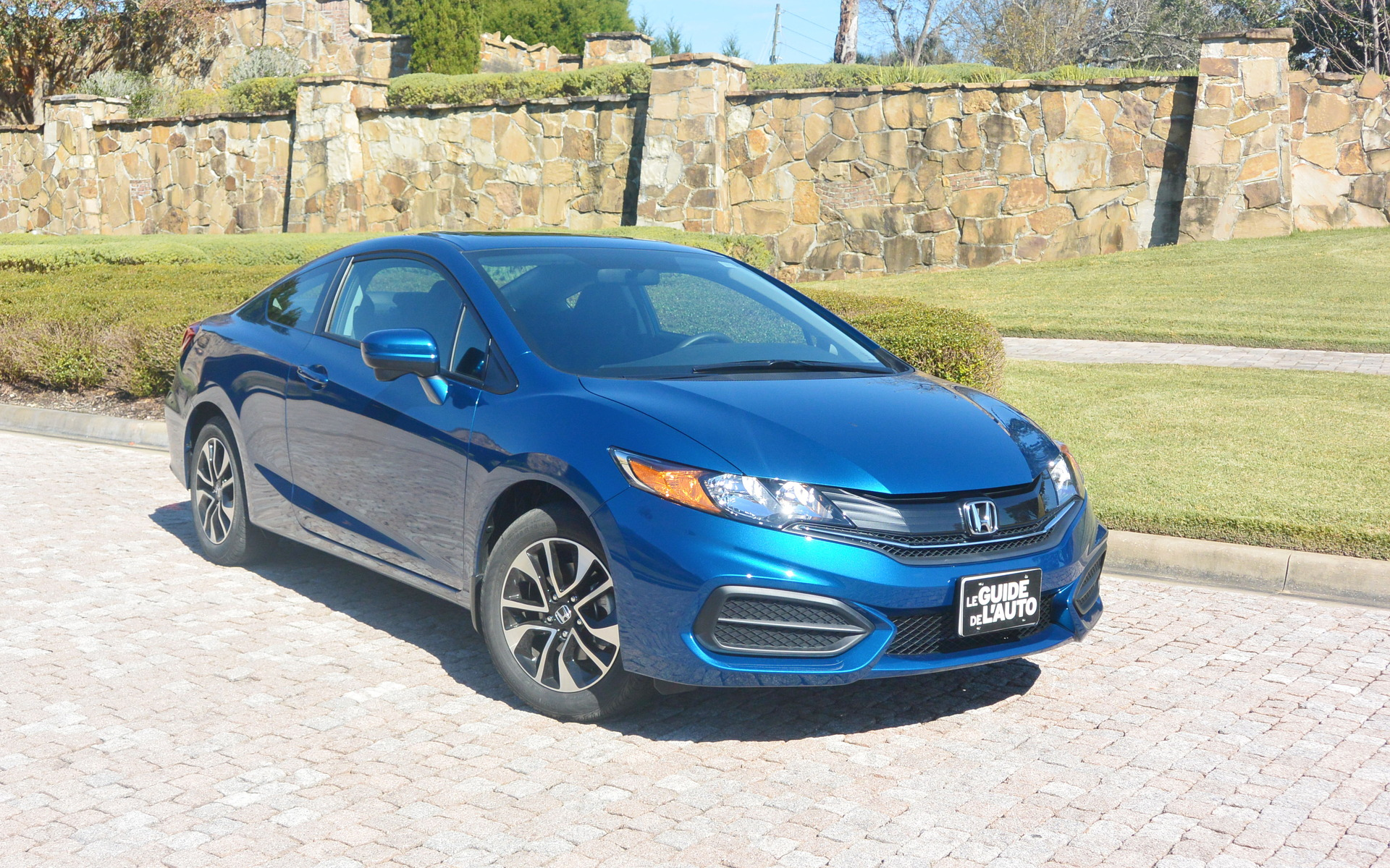 honda civic 2015 victime de son succ s guide auto. Black Bedroom Furniture Sets. Home Design Ideas