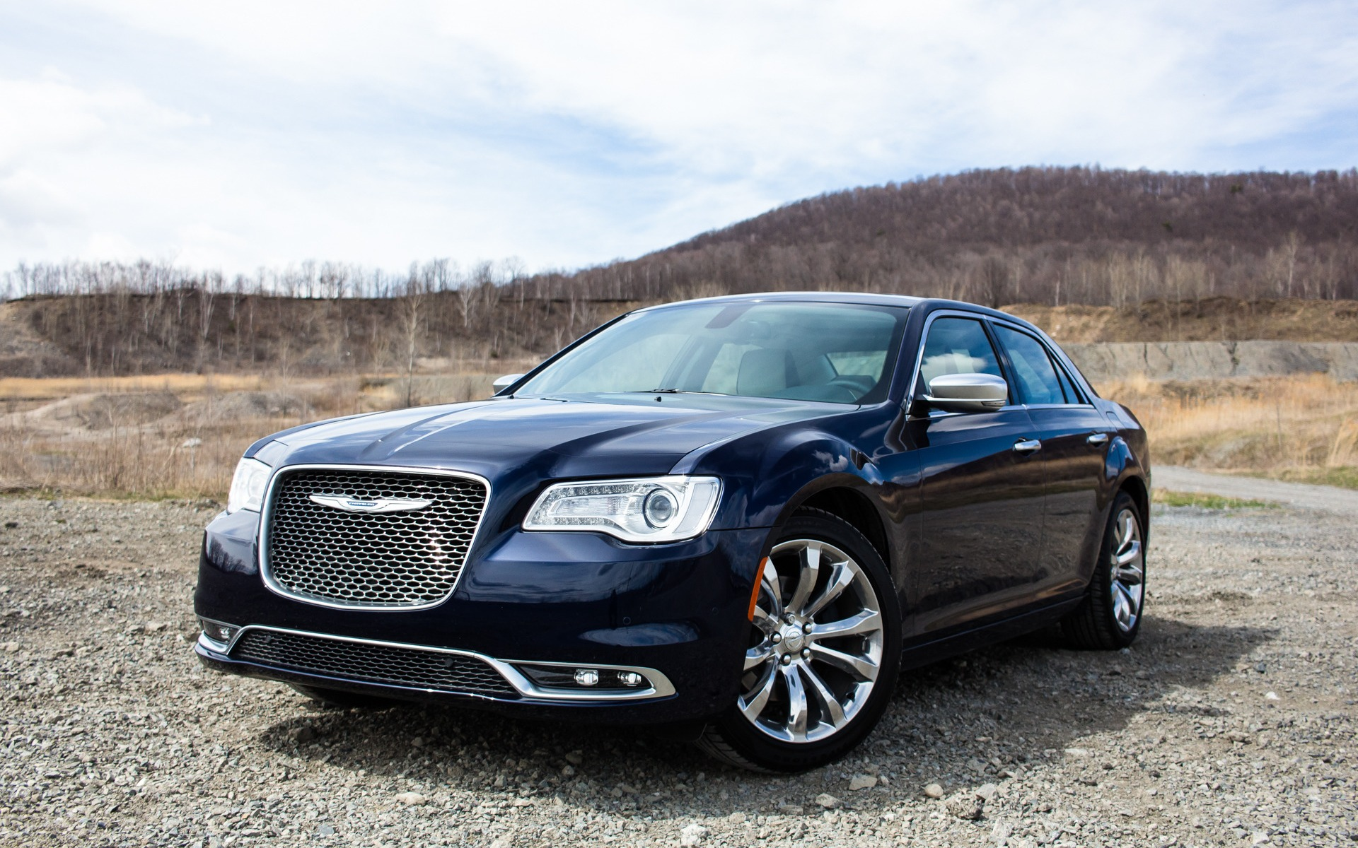 video review luxury chrysler engine performancedrive
