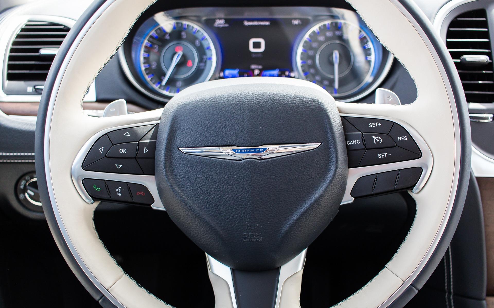 2015 Chrysler 300c Platinum The Likeable Dinosaur 29 36