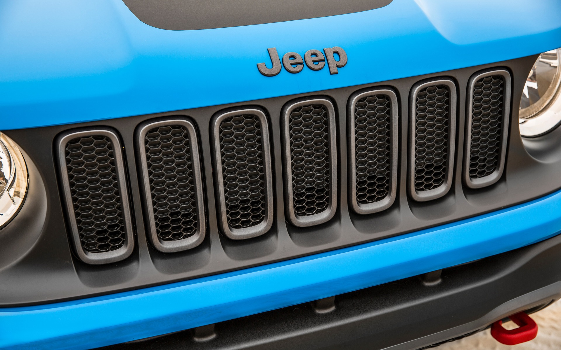 Jeep wants to compete with Range Rover.