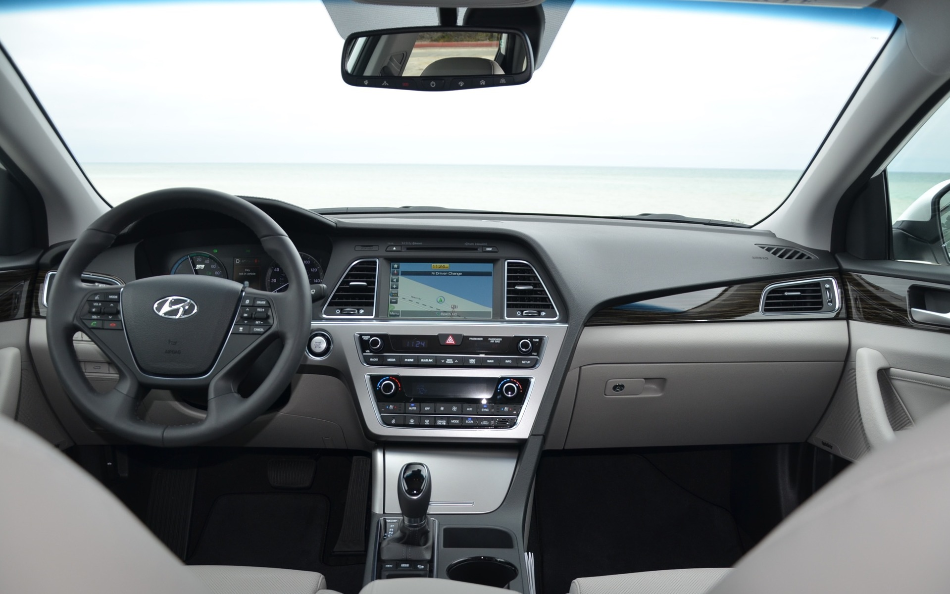 Hyundai Sonata Hybride branchable 2016 - Tableau de bord