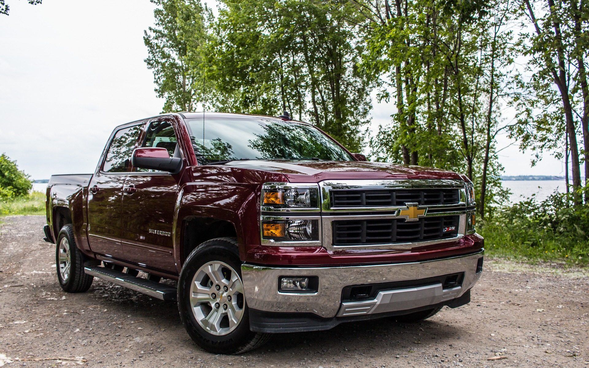 chevrolet silverado 2lt z71 2015 si vous voulez absolument un v8 guide auto. Black Bedroom Furniture Sets. Home Design Ideas