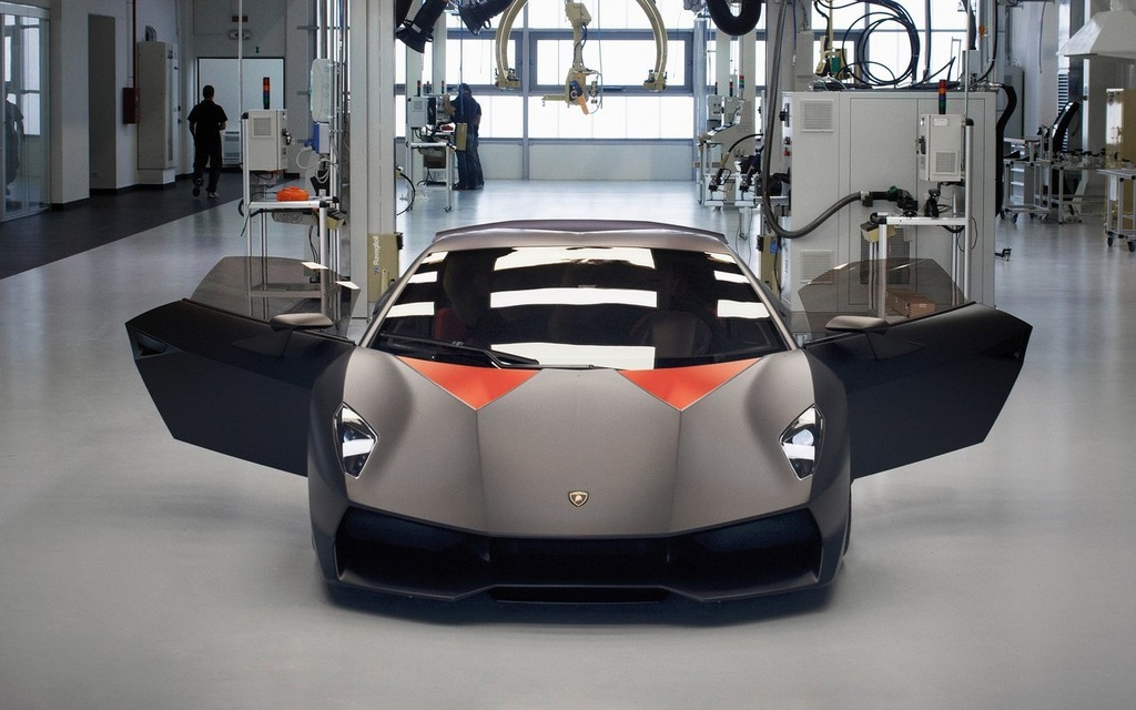 Somebody Please Save This Lamborghini Sesto Elemento The Car Guide