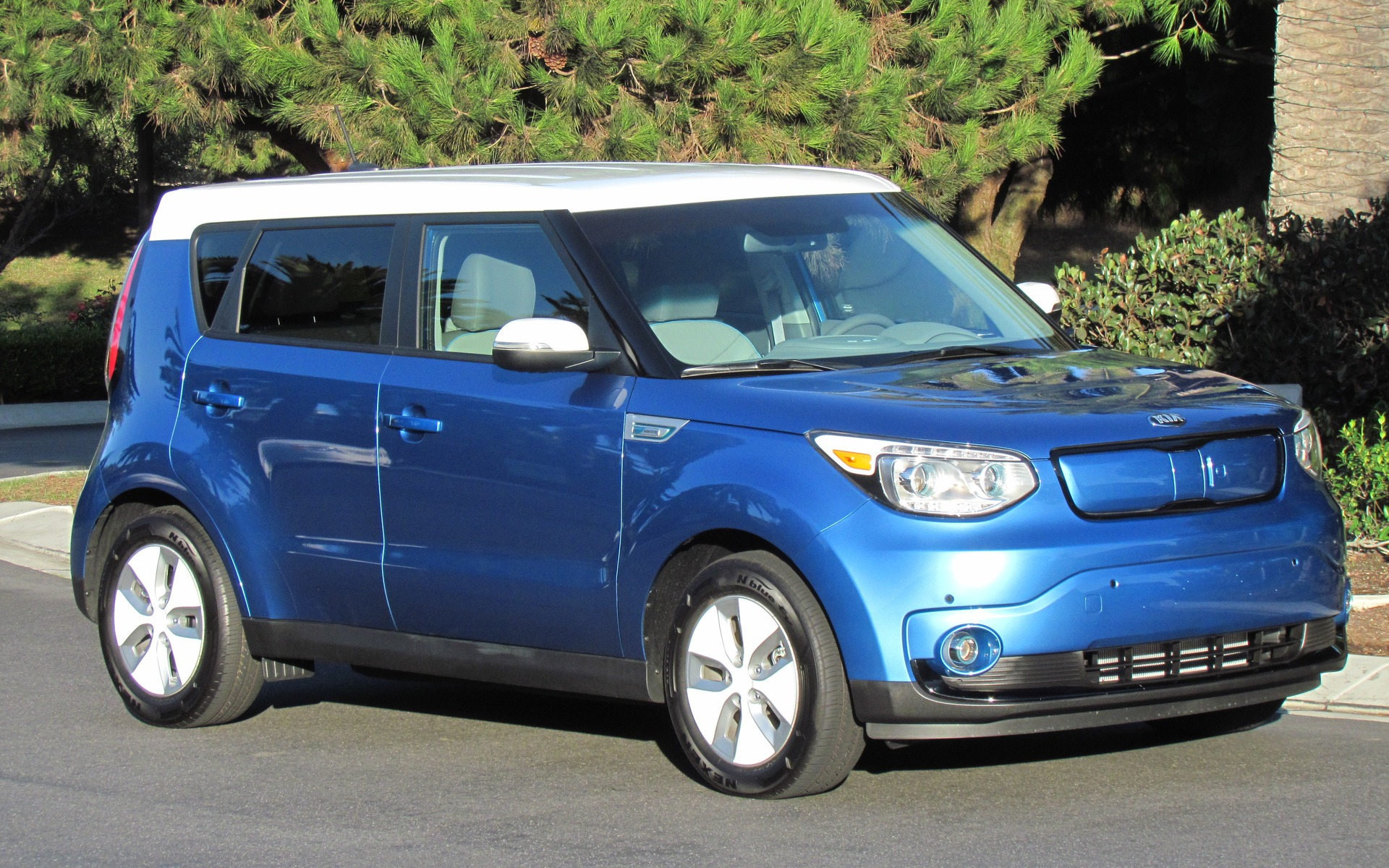 l lectrique kia soul ev 2016 est am lior e guide auto. Black Bedroom Furniture Sets. Home Design Ideas