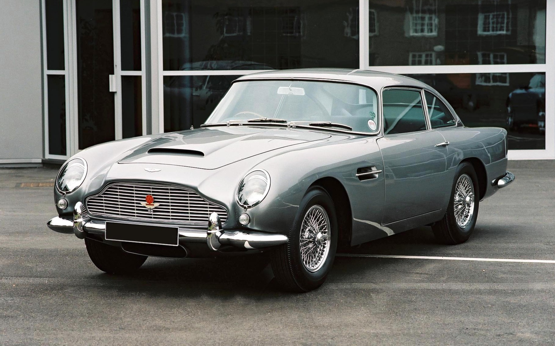 Aston Martin Festival At ICAR True Thoroughbreds - Classic aston martin