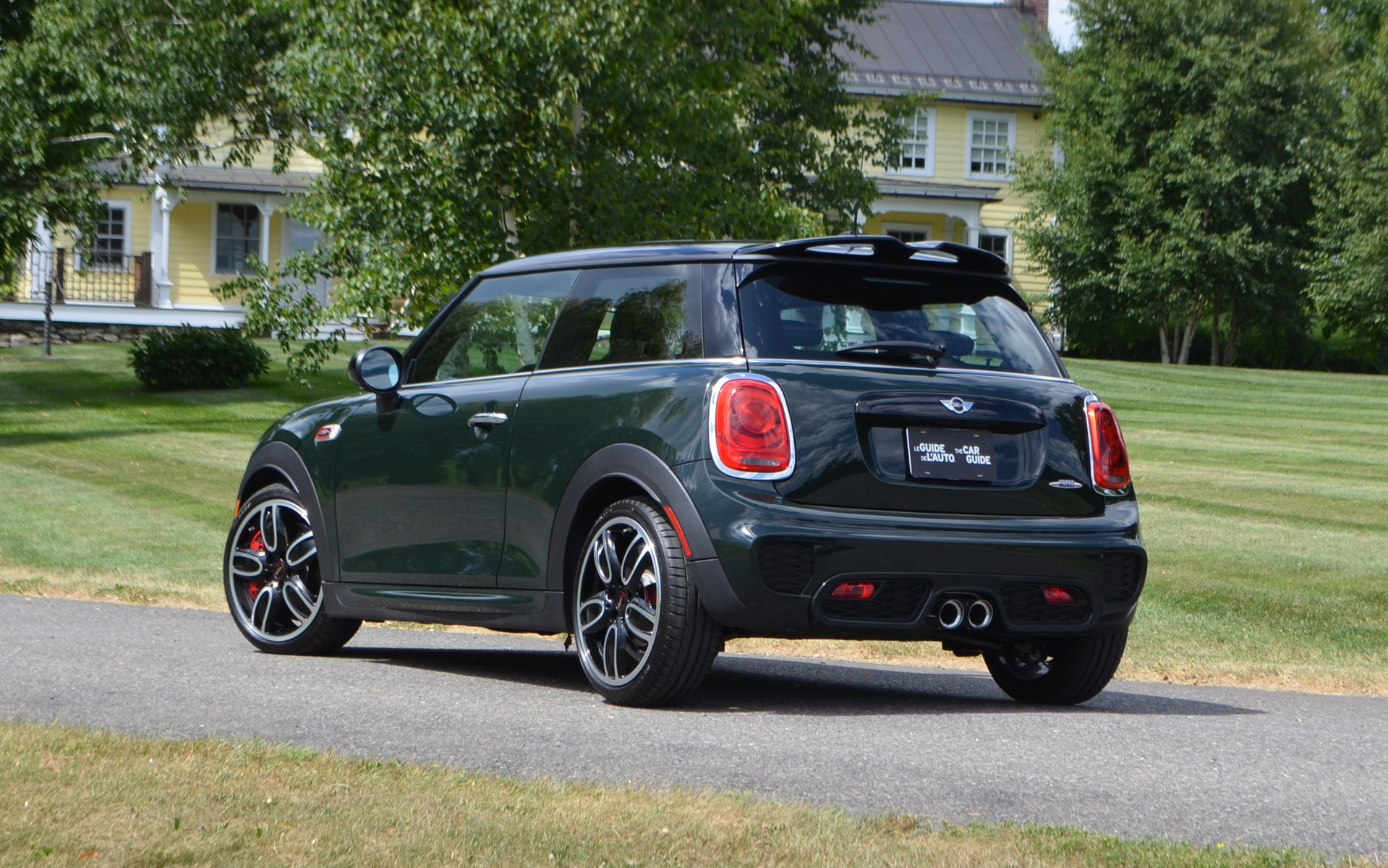 2016 mini cooper john cooper works instant fun 2 21. Black Bedroom Furniture Sets. Home Design Ideas