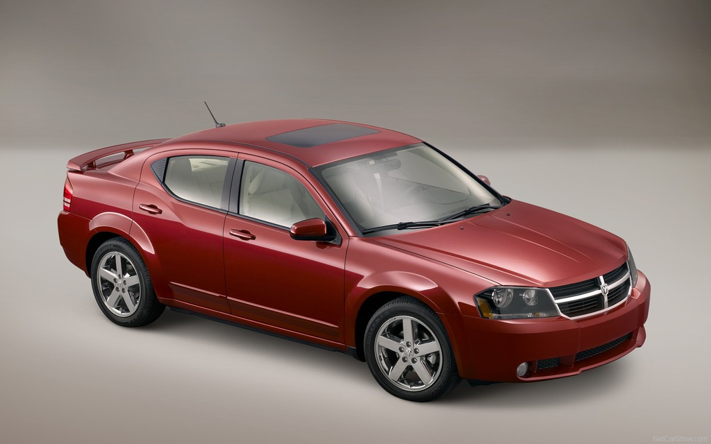 dodge avenger d occasion 2008 2013 la voiture des voyageurs 1 14. Black Bedroom Furniture Sets. Home Design Ideas