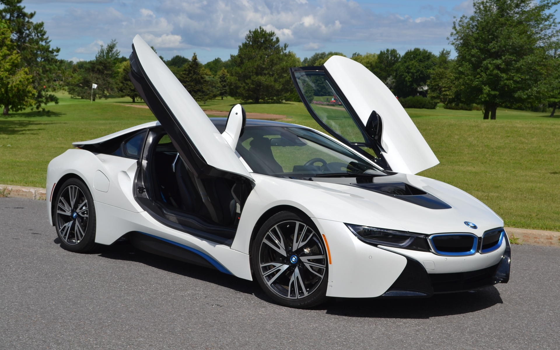 2015 Bmw I8 Nothing Short Of Spectacular The Car Guide