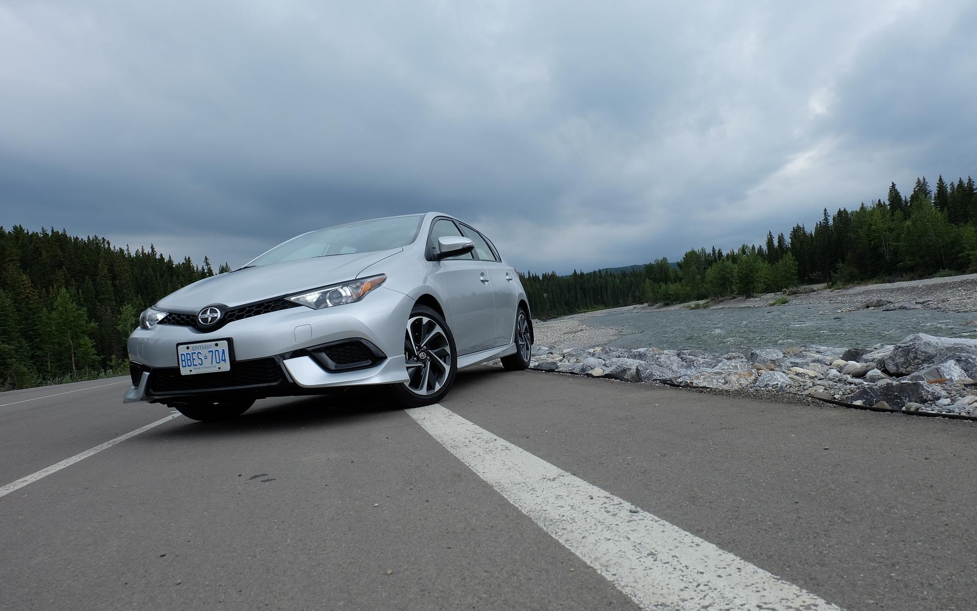 Scion iM 2016 - En europe, on connait la iM sous le nom de Toyota Auris.