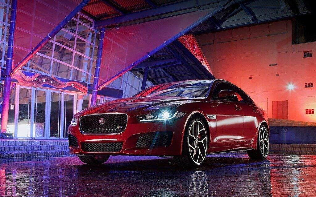 Les prix de la Jaguar XE 2017 - Guide Auto