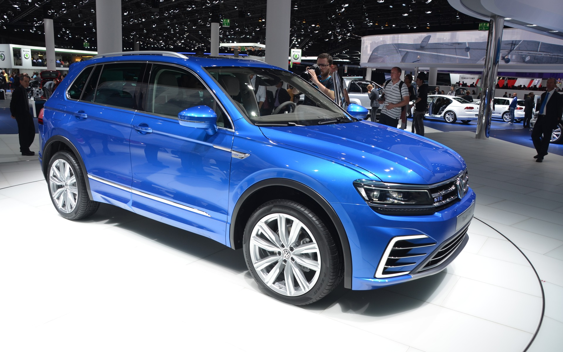 voici le volkswagen tiguan 2016 guide auto. Black Bedroom Furniture Sets. Home Design Ideas