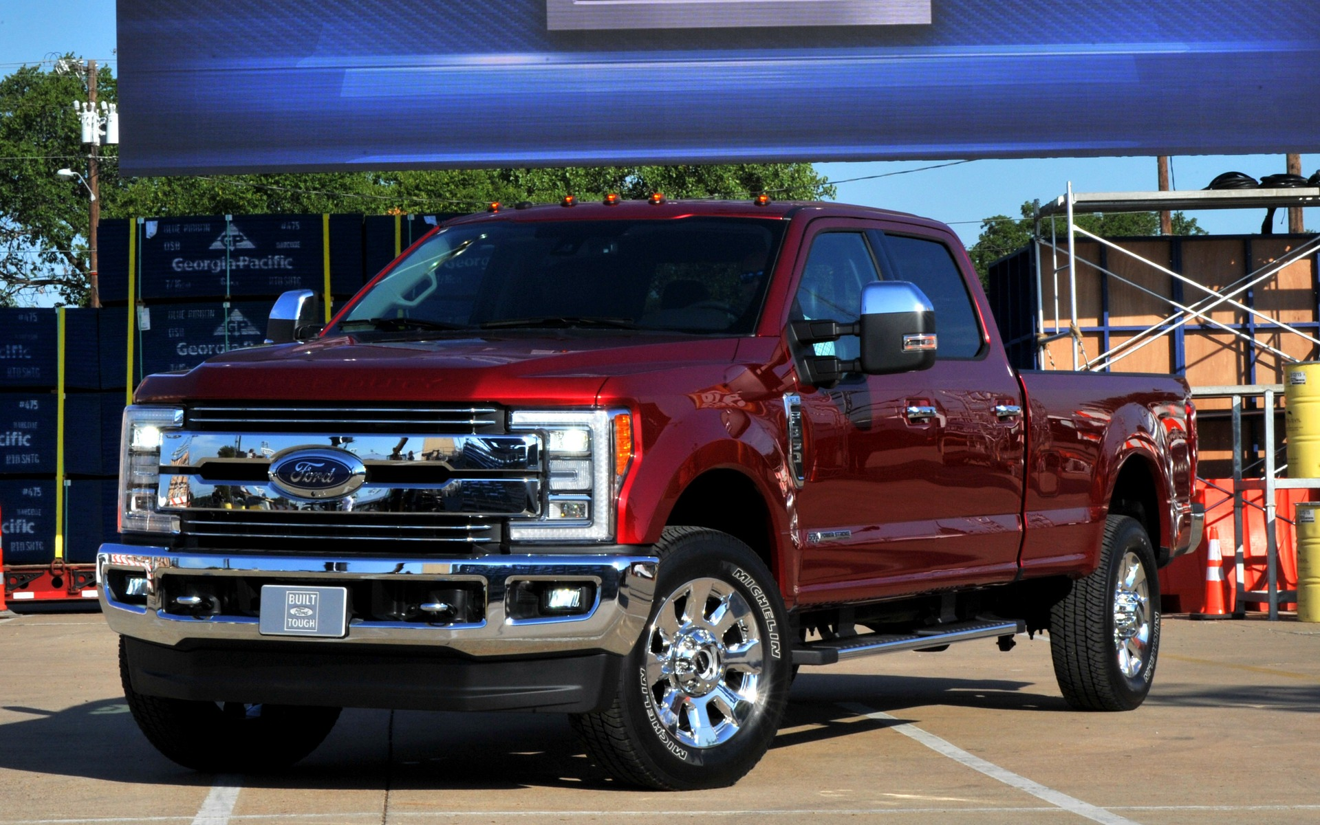 la nouvelle g n ration de camions ford sd r volutionnaire guide auto. Black Bedroom Furniture Sets. Home Design Ideas