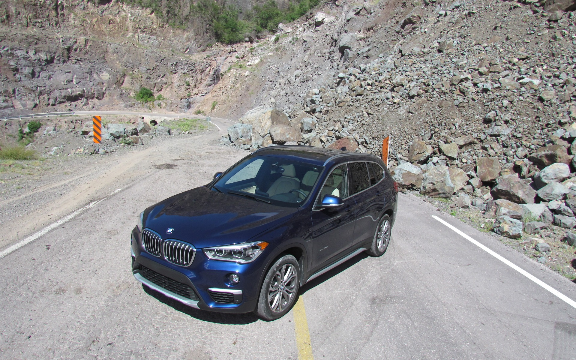 2016 Bmw X1 Xdrive 28i The Smallest X Gets A New Platform