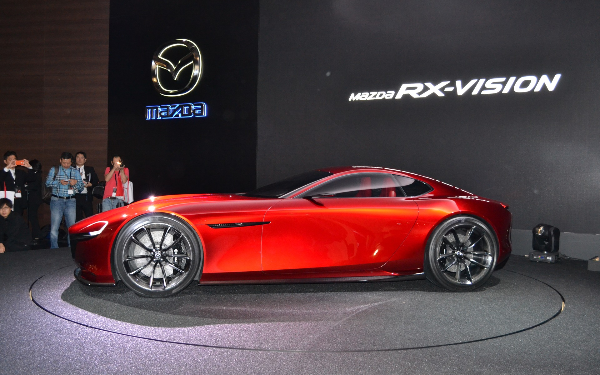https://i.gaw.to/photos/2/2/3/223346_2015_Mazda_Concept.jpg