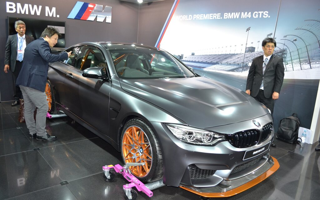 bmw m4 gts a better recipe the car guide. Black Bedroom Furniture Sets. Home Design Ideas