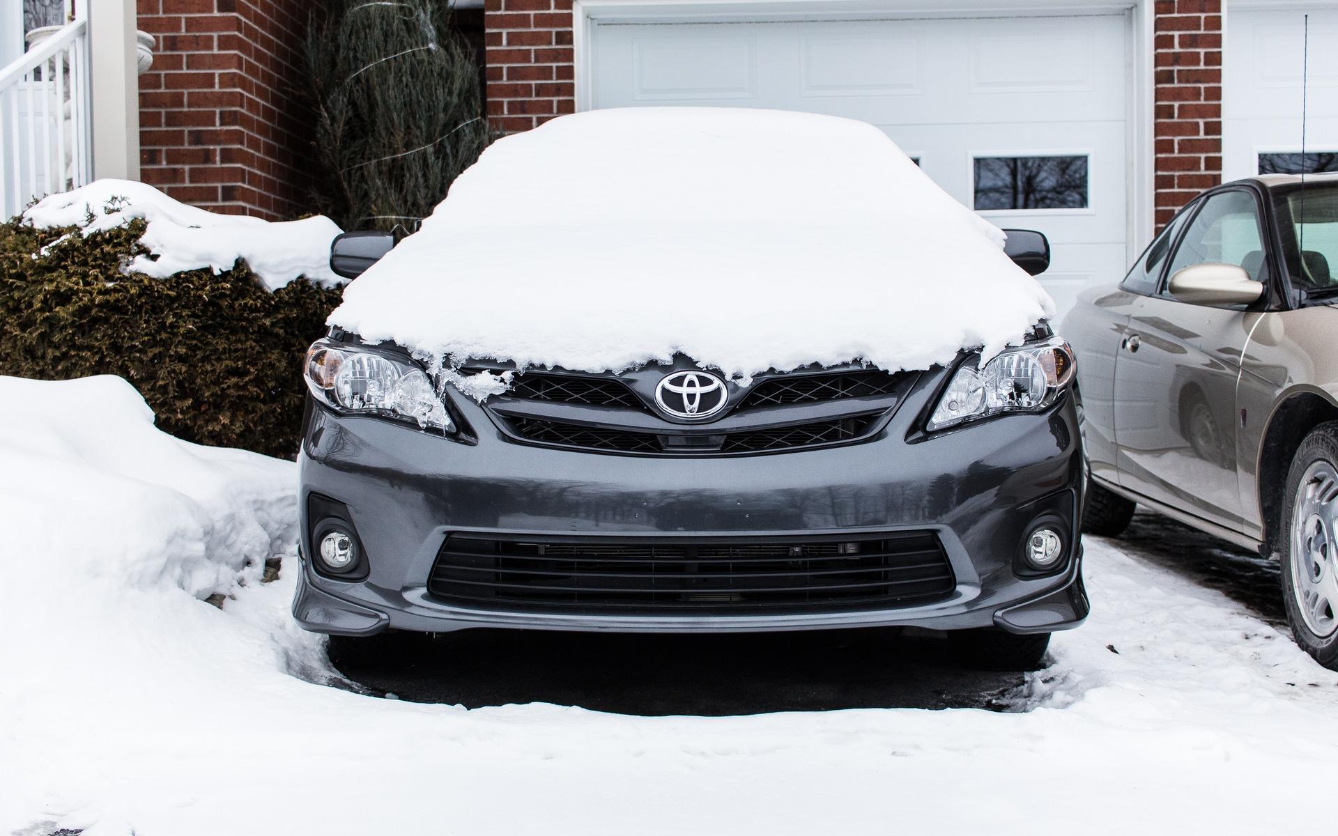 La voiture dans le garage l hiver ou non guide auto for Garage auto l union