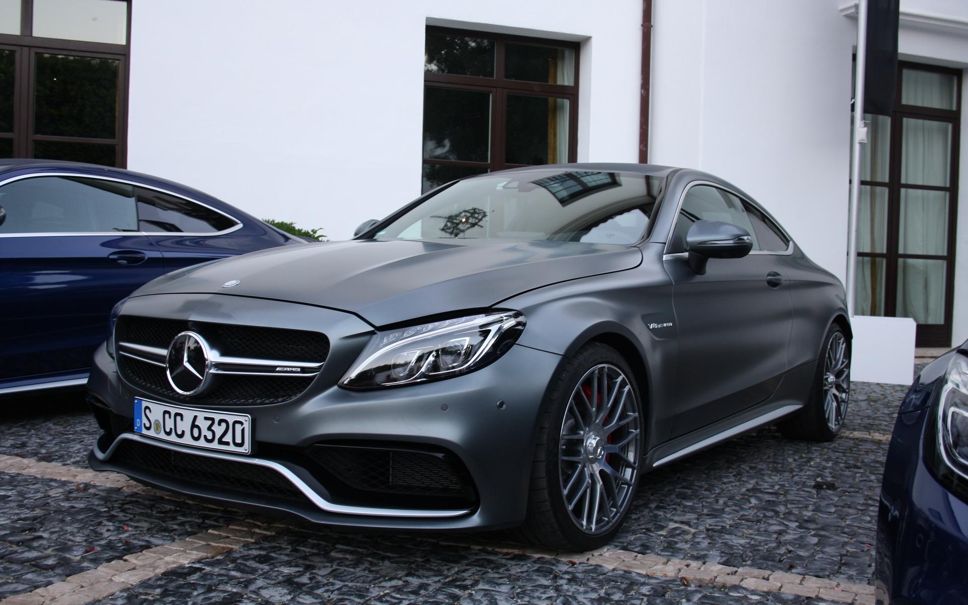Mercedes Benz E  Amg Coupe