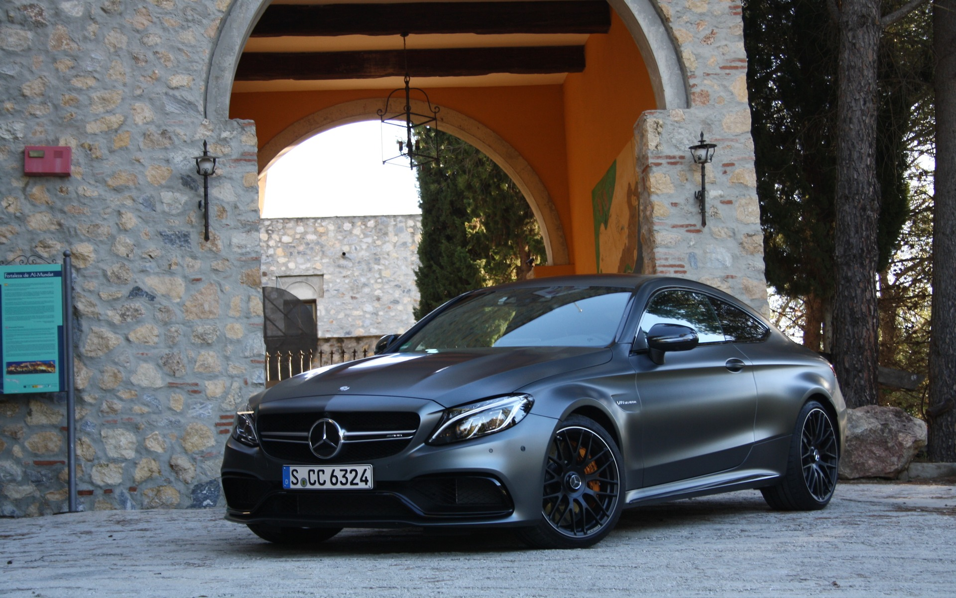Mercedes Amg Coupe 2017 >> 2017 Mercedes Amg C 63 Coupe Source Of Motivation The Car Guide