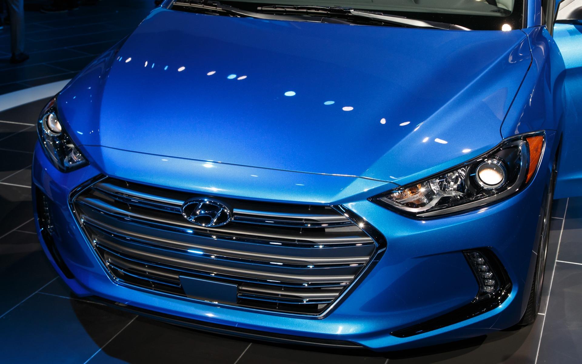 2017 Hyundai Elantra Bigger More Rigid And Less Powerful
