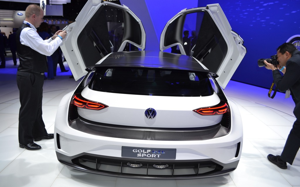 Superior Volkswagen Golf GTE Sport Concept