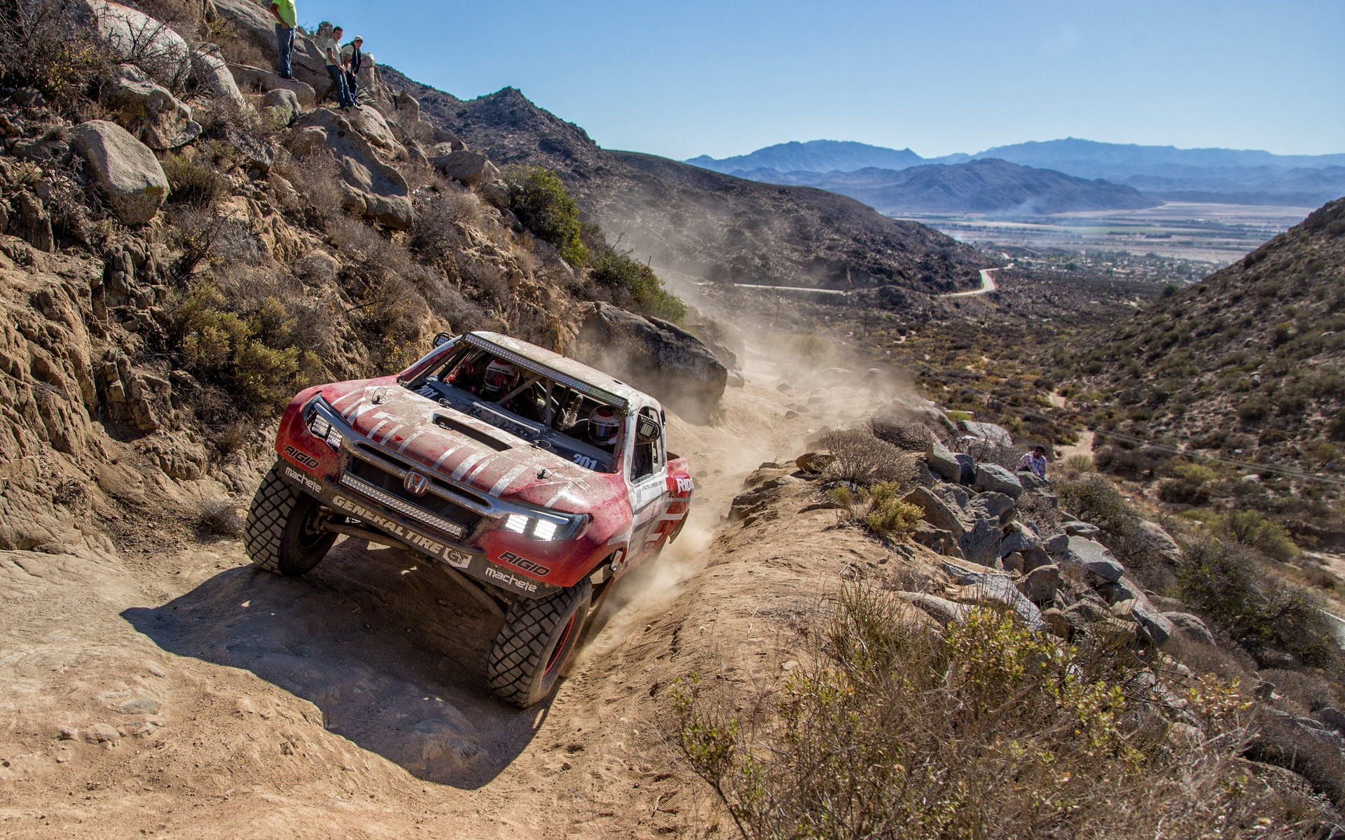 The 2017 Honda Ridgeline Scores A Win At The Baja 1000 The Car Guide