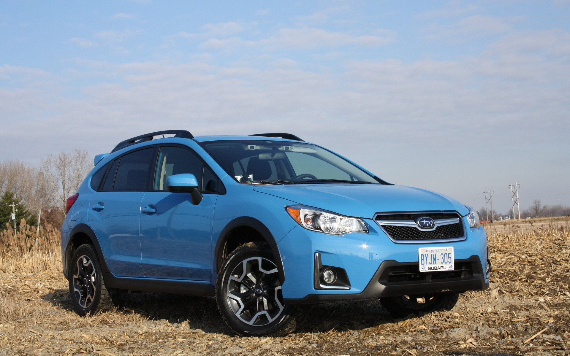 The Hyper Blue paint is now offered on the 2016 Subaru Crosstrek