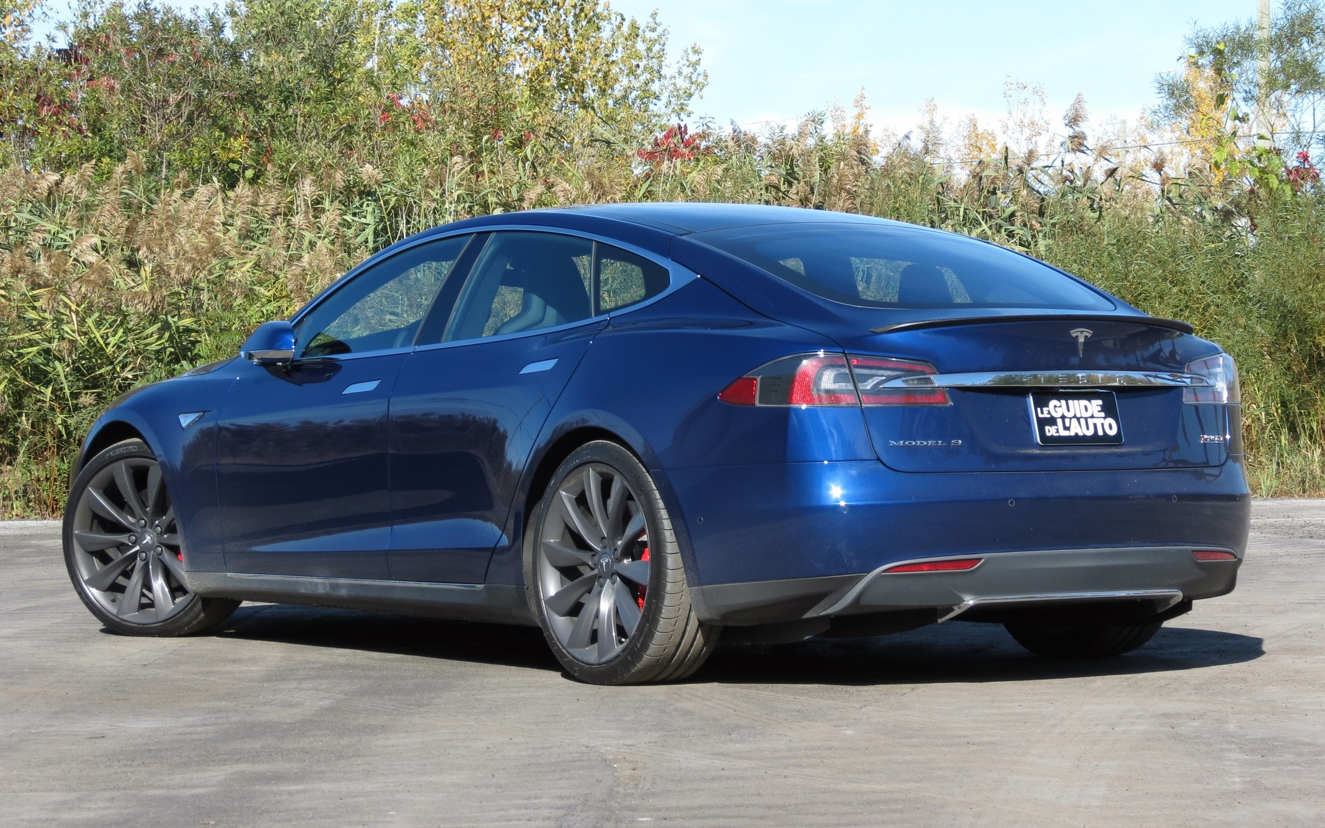 Exclusive Tesla Model S P90d A High Speed 5 Or 7 Seat