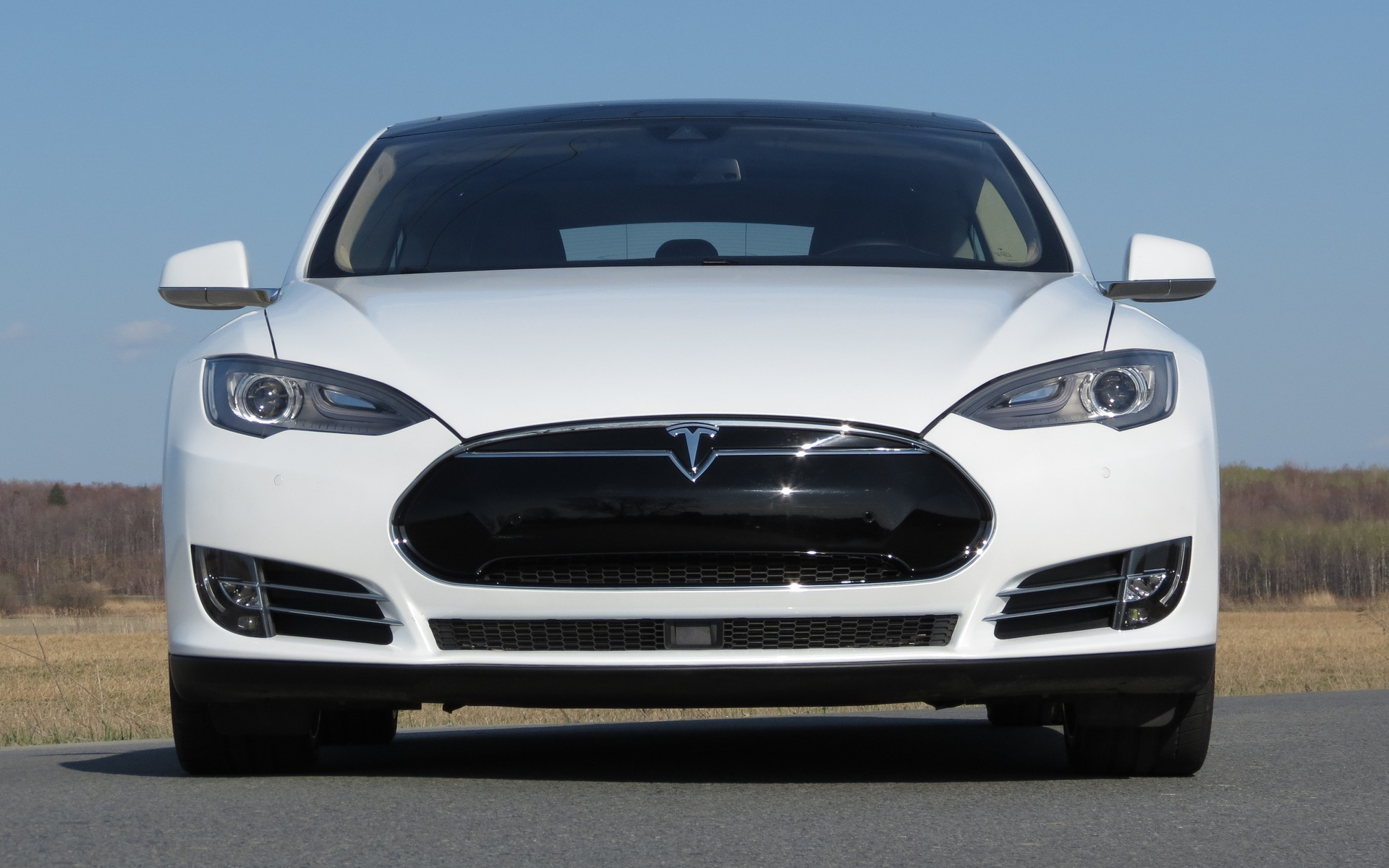 Tesla Model S P85D and 70D: AWD, Performance And Better