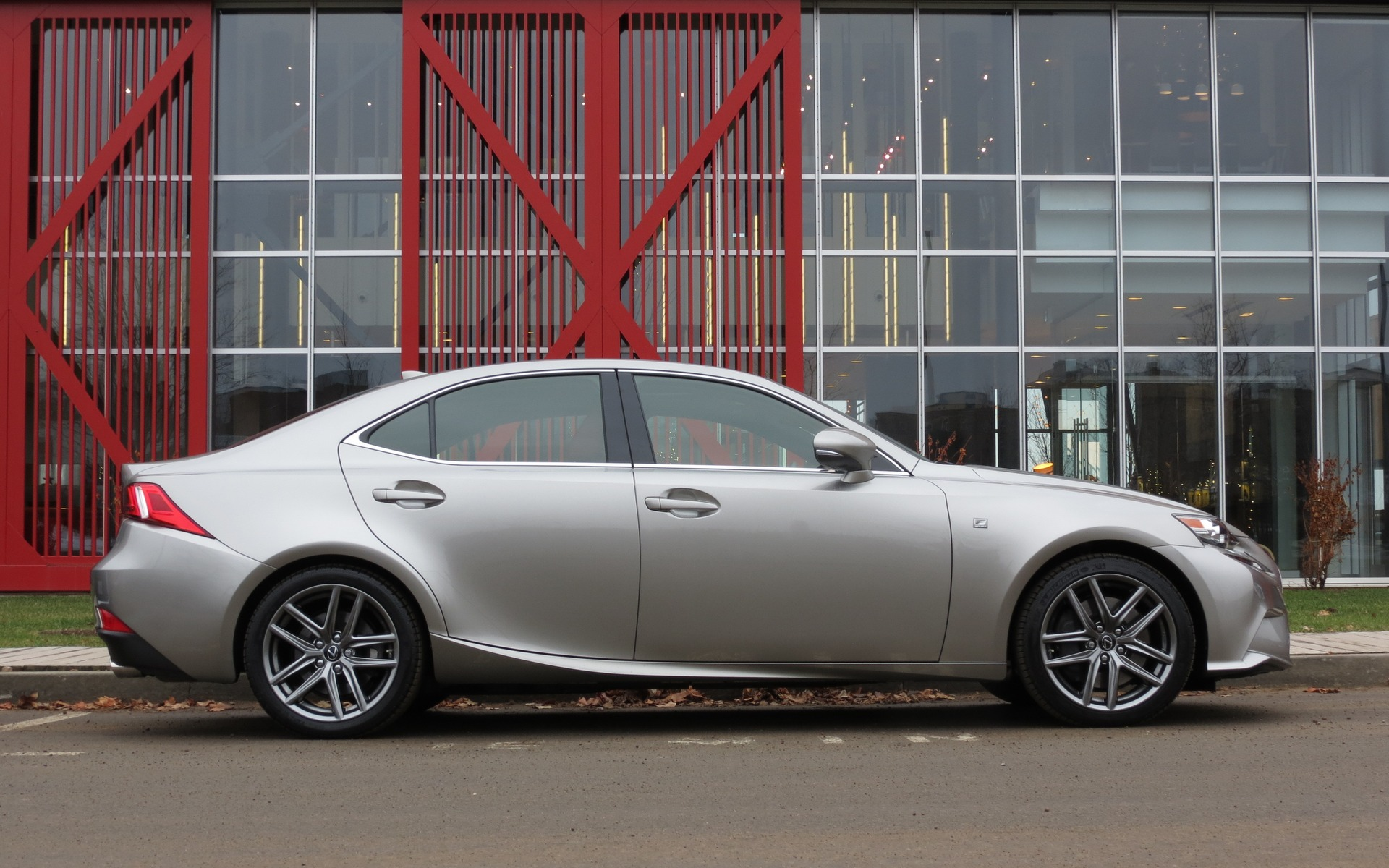 2016 Lexus AWD – Good Looks And Other Traits That Run In The Family ...