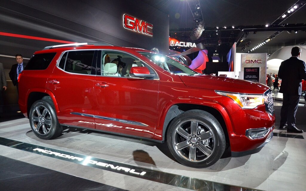 2017 gmc acadia less weight and more power the car guide. Black Bedroom Furniture Sets. Home Design Ideas