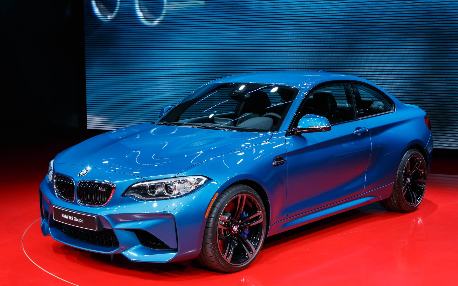 real world debut for the 2016 bmw m2 the car guide. Black Bedroom Furniture Sets. Home Design Ideas