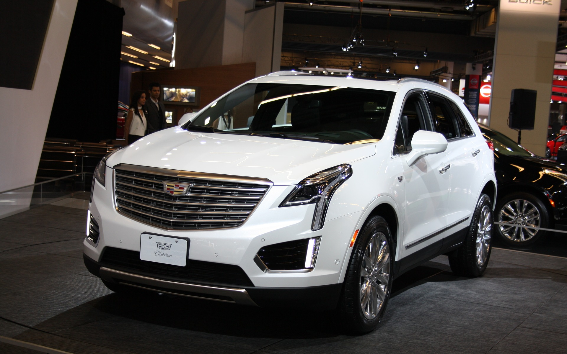 2017 cadillac xt5 the beginning of a new era the car guide. Black Bedroom Furniture Sets. Home Design Ideas