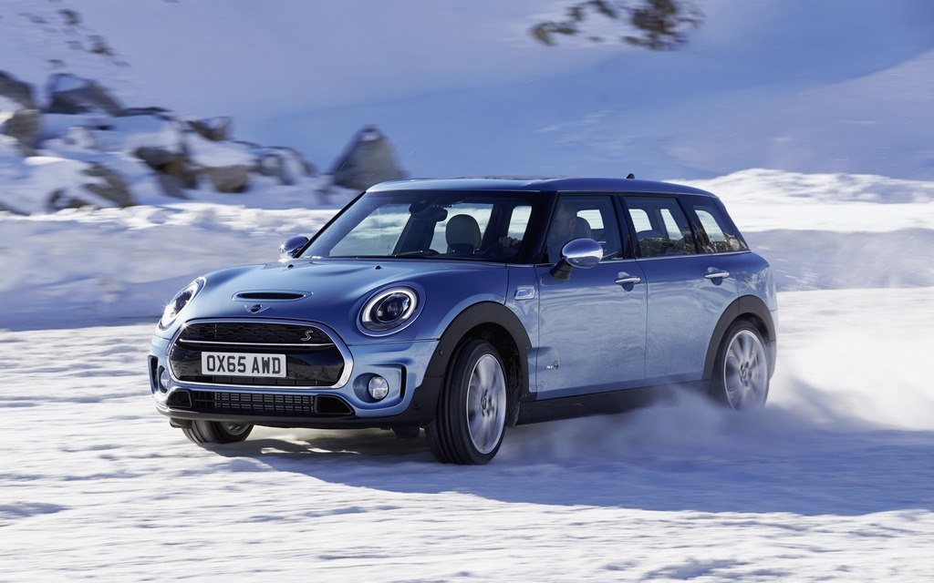 An Awd Family Wagon The 2016 Mini Clubman All4 215