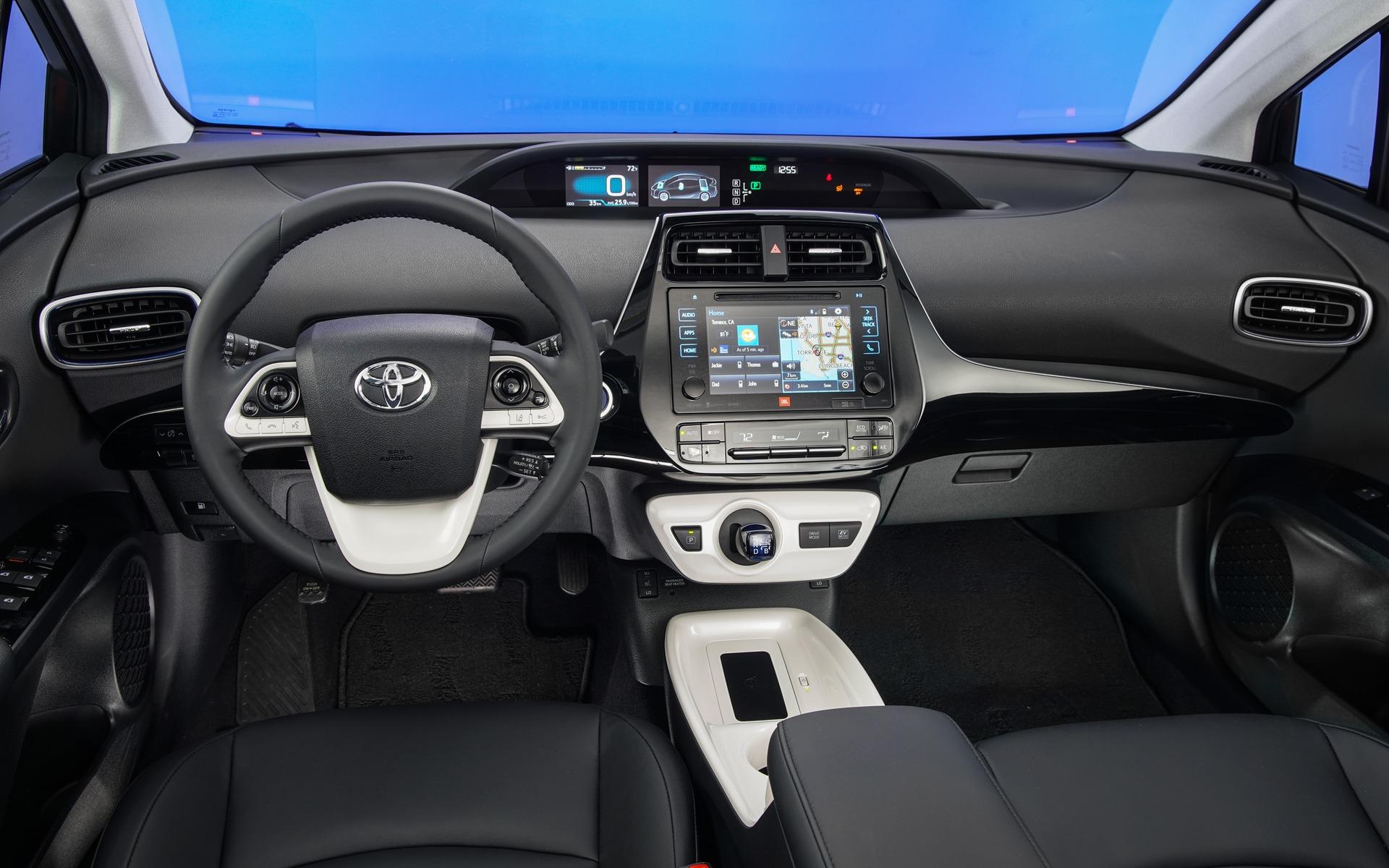 Toyota Prius 2016 - Habitacle et tableau de bord.