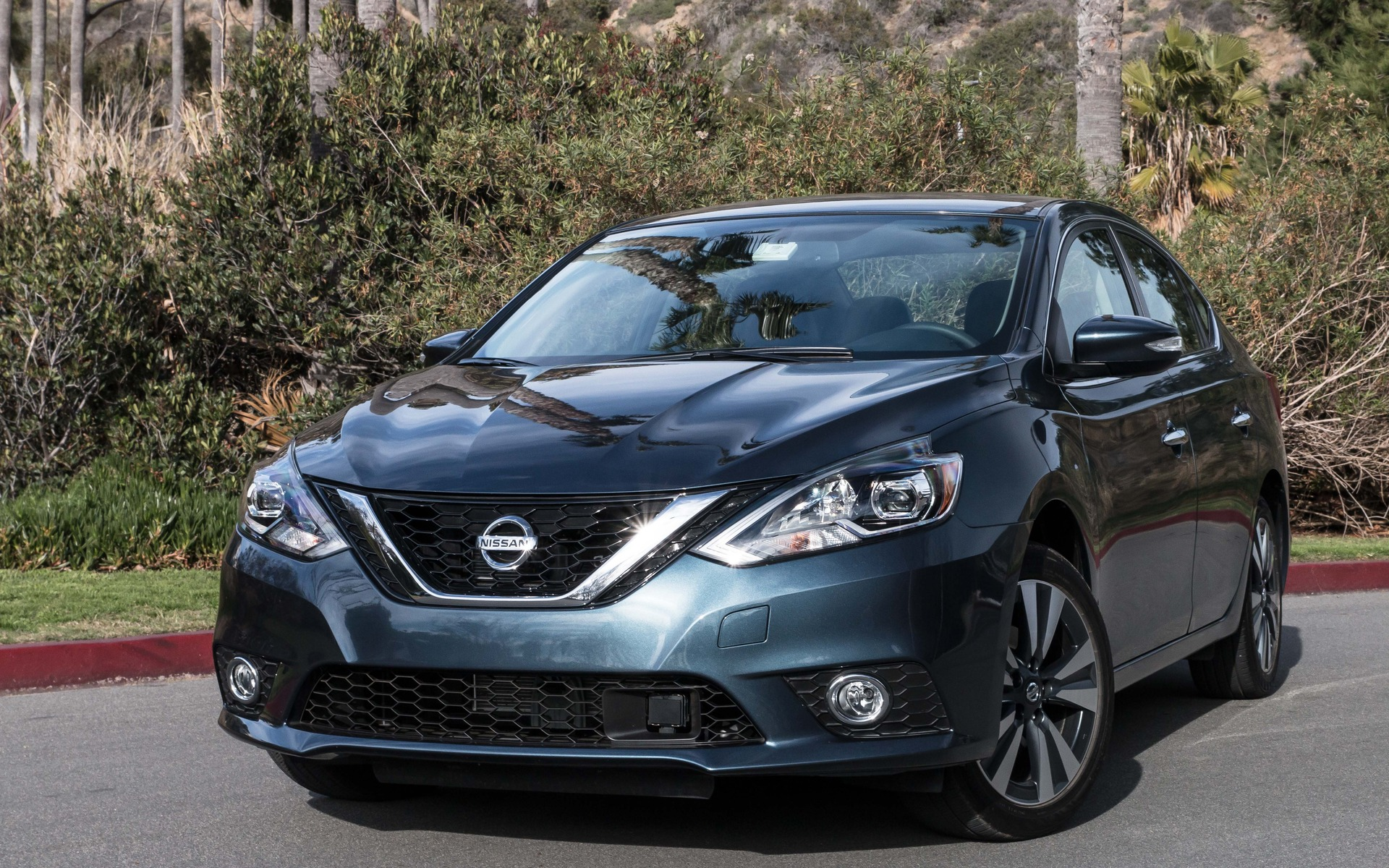 2016 nissan sentra 20 new 50 better the car guide. Black Bedroom Furniture Sets. Home Design Ideas