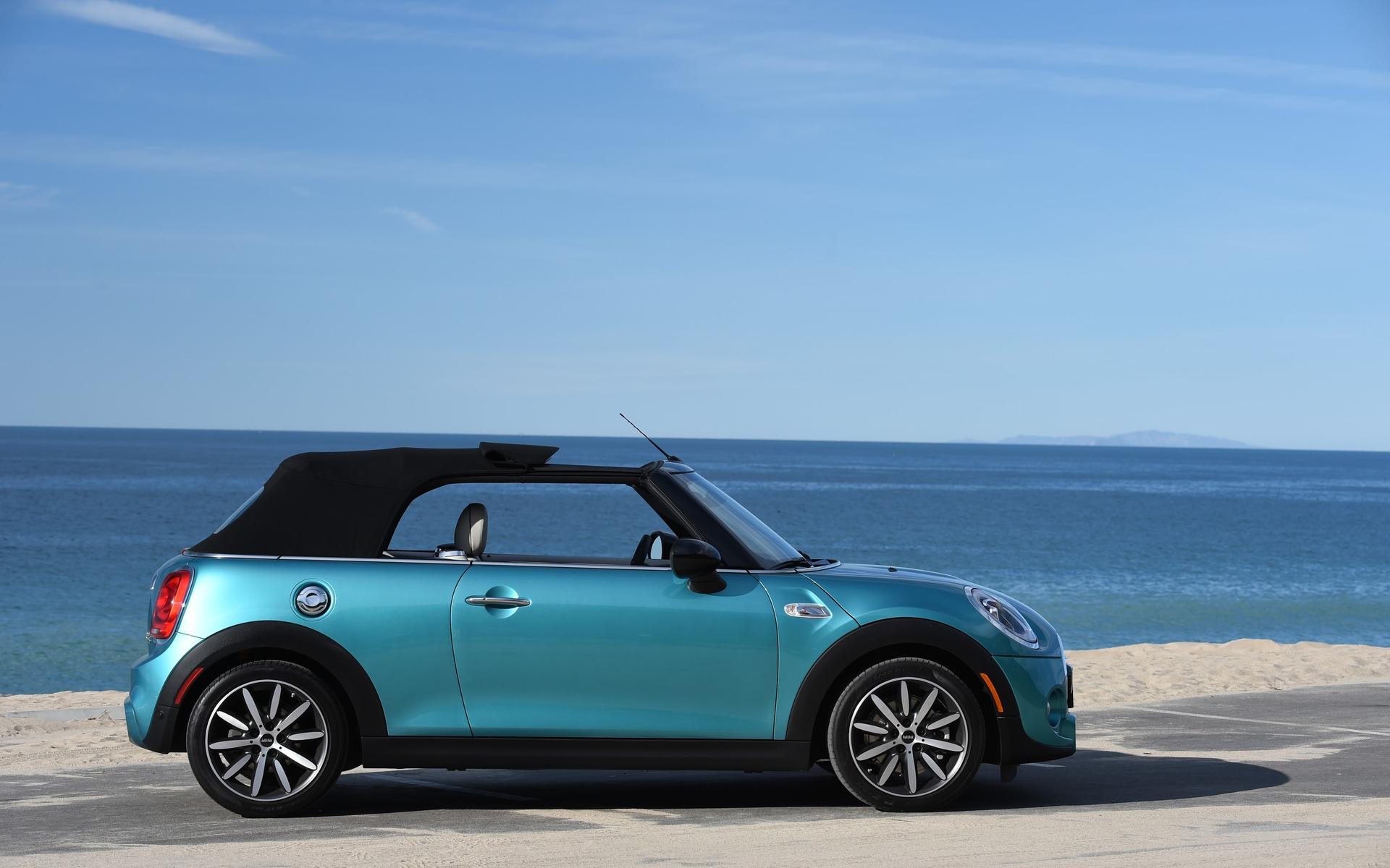 2016 Mini Cabriolet Stylish And Fashionable 1523