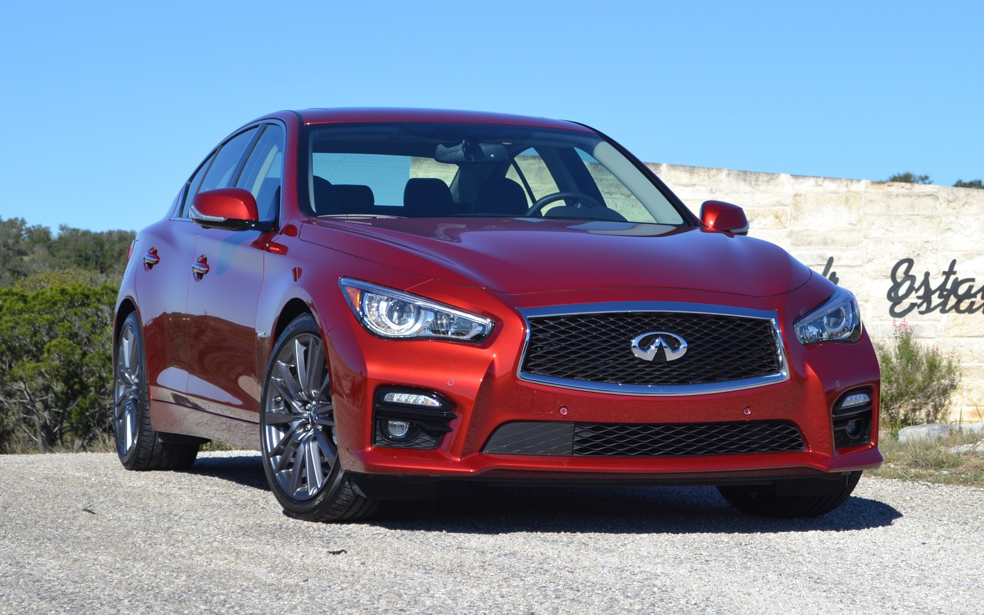 2016 infiniti q50 red sport 400 understated power the car guide. Black Bedroom Furniture Sets. Home Design Ideas