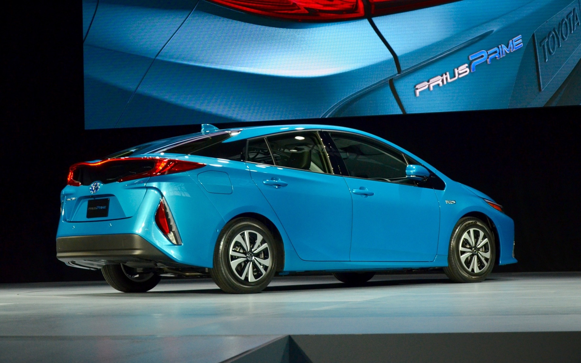 2017 Toyota Prius Prime New Plug In Hybrid Unveiled In