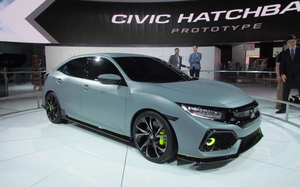 honda civic 2017 le retour de la version hayon guide auto. Black Bedroom Furniture Sets. Home Design Ideas