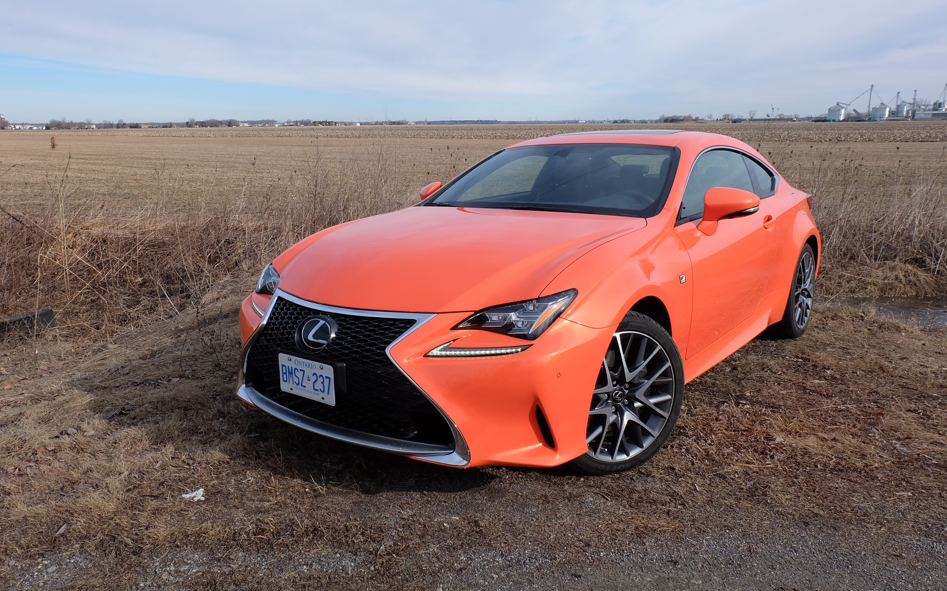 2016 lexus rc 350 f sport a looker and a goer the car guide. Black Bedroom Furniture Sets. Home Design Ideas