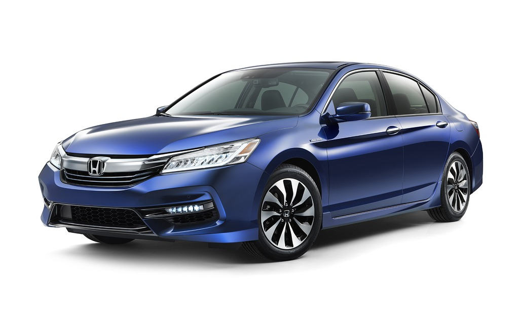 The Honda Accord Hybrid Returns For 2017 1 19