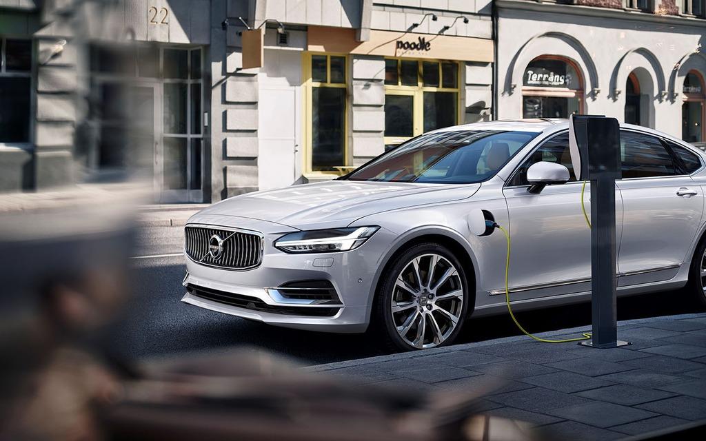 Objectif 2025 : un million de Volvo électriques sur les routes