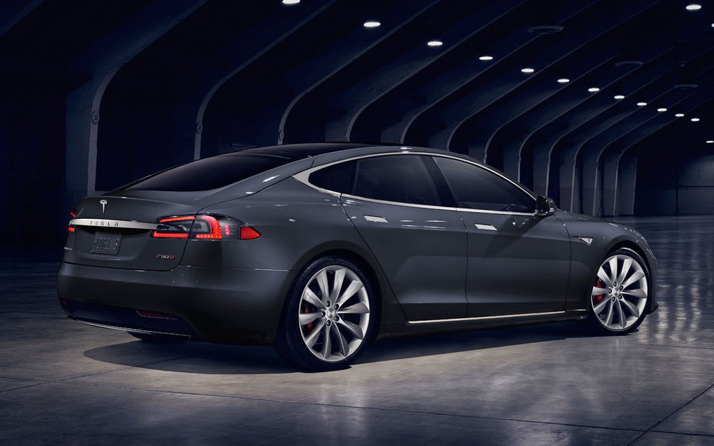 2016 Tesla Model S 90d A Range Of 490 Km According To The
