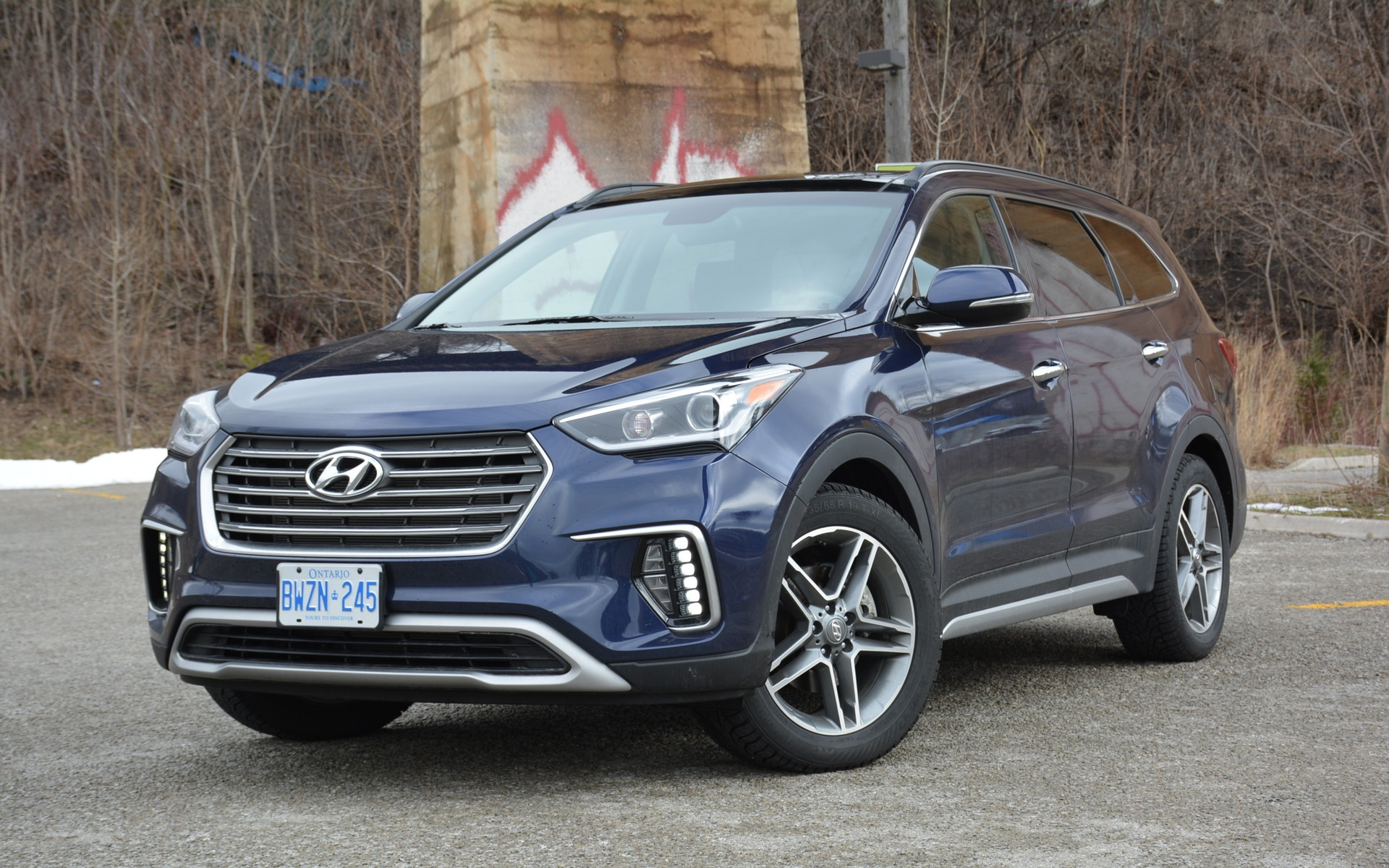 2017 hyundai santa fe xl large in its title not in its. Black Bedroom Furniture Sets. Home Design Ideas