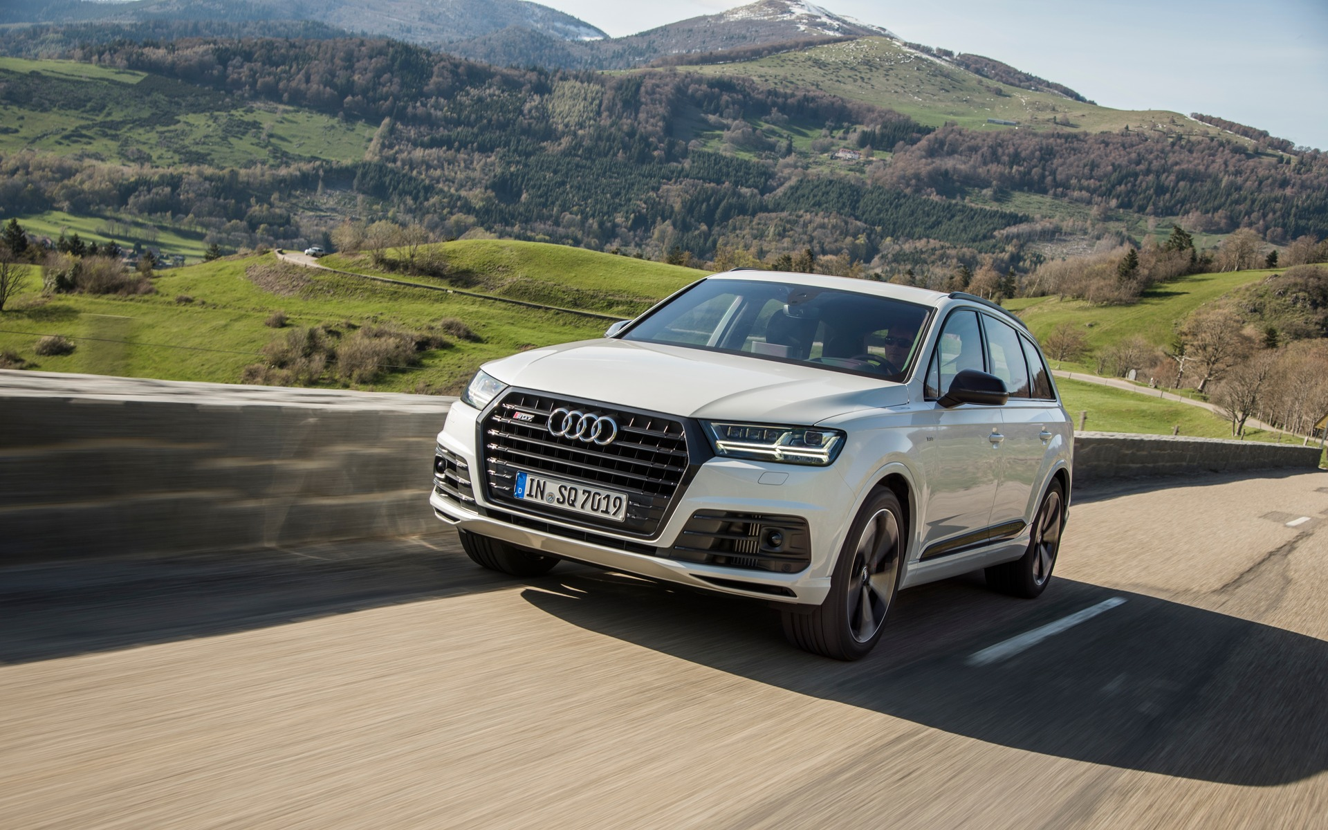 audi sq7 tdi 2018 pas hybride mais l lectricit prime guide auto. Black Bedroom Furniture Sets. Home Design Ideas