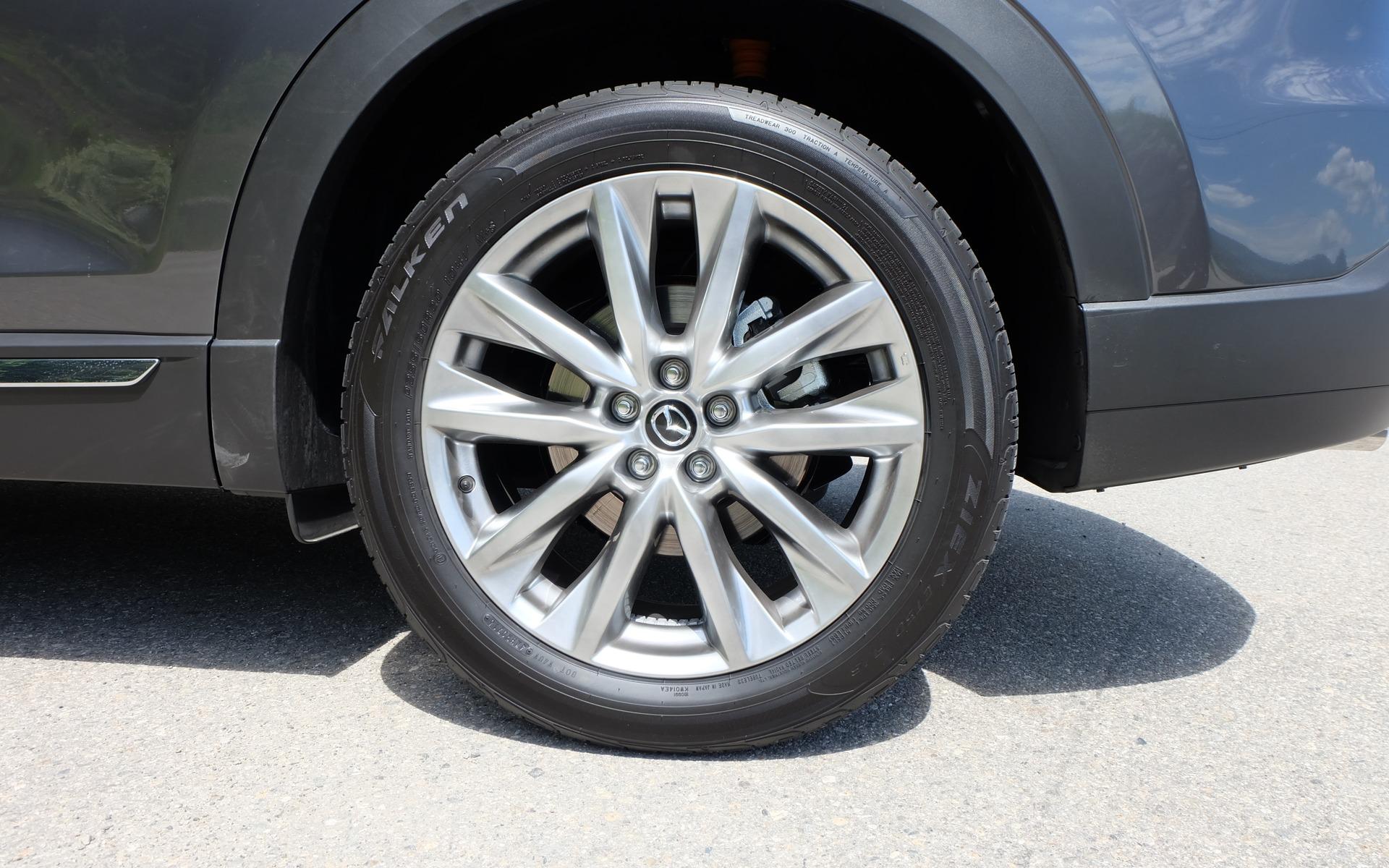 Des roues de 20 pouces sur la variante Signature