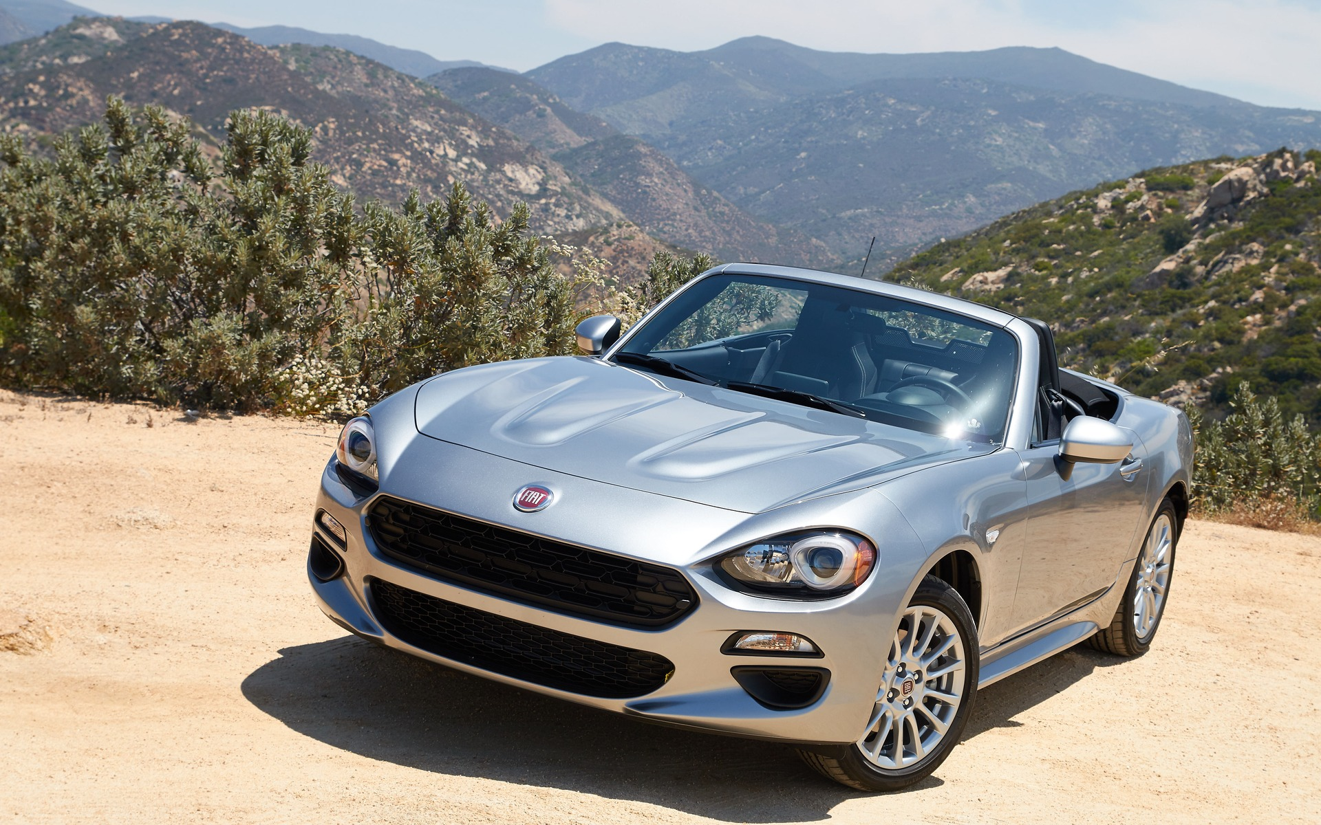 Marvelous 2017 Fiat 124 Spider
